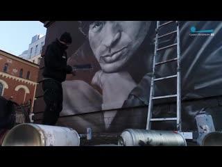 Легенда русского рока! Работа художников по созданию портрета Виктора Цоя в Санкт-Петербурге