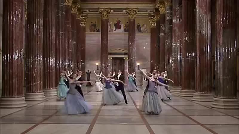 Вальс На прекрасном голубом Дунае Blue Danube by Strauss