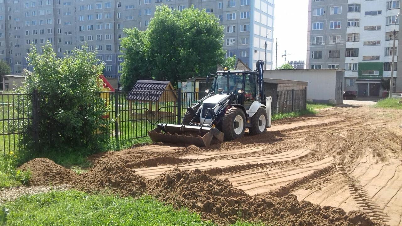 Завоз песка и планировка территории улица Ульяновская