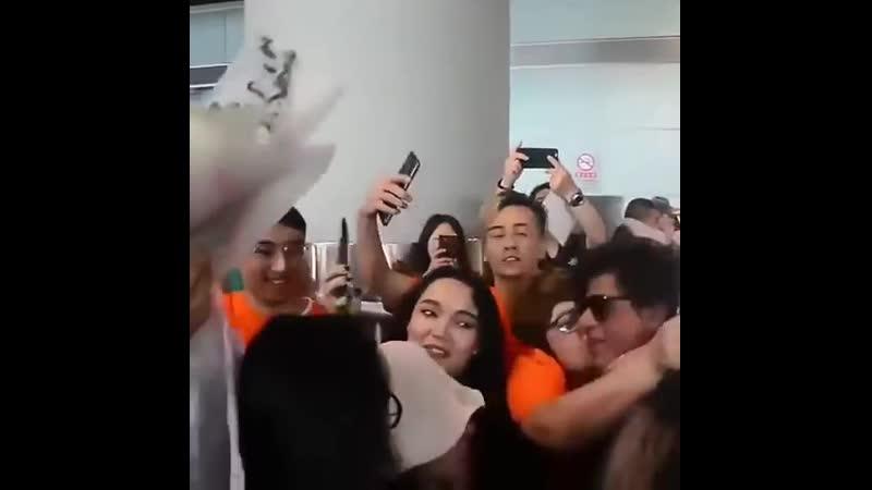Shahrukh Khan fan following in China