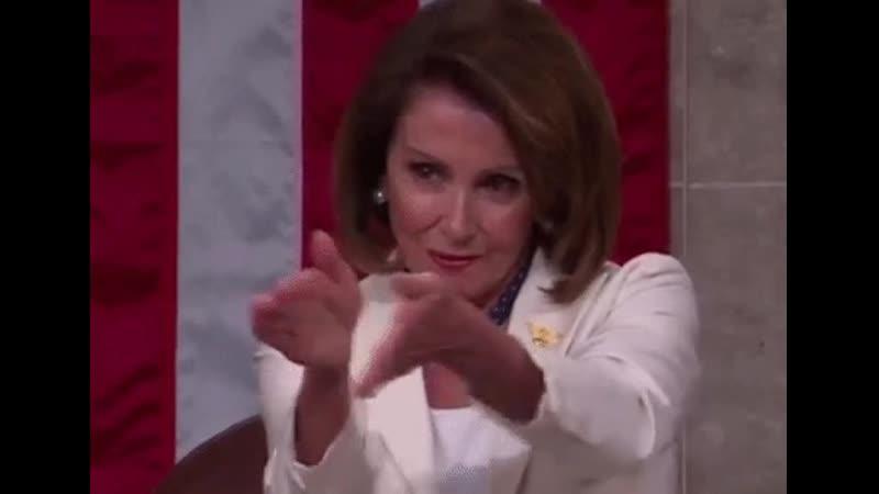 Ne pas oublier que Nancy Pelosi est une grosse pute hystérique