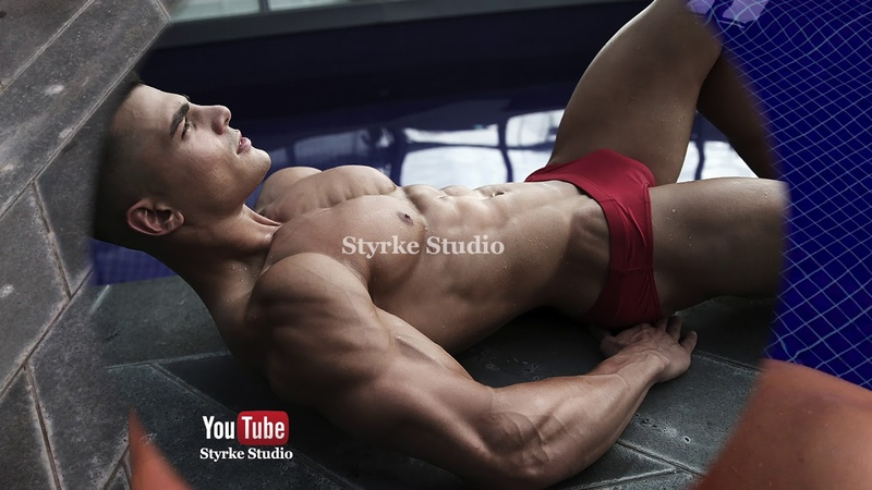 Young and Shredded Fitness Model Nick Papa Styrke Studio