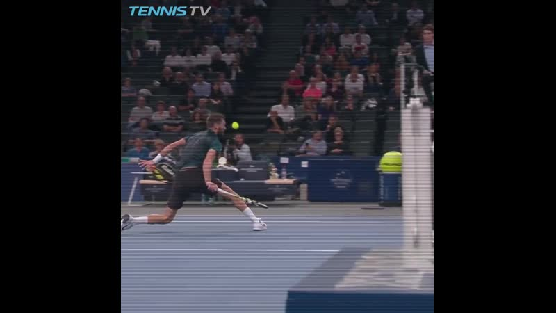 HOT SHOT Paires impossible touch in Paris