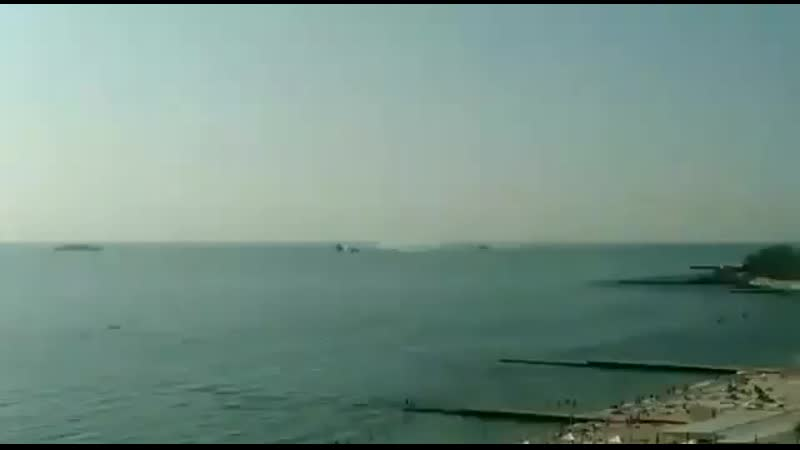 В Одесі прикордонники проводять навчання Заборонили вихід будь яких човнів в море