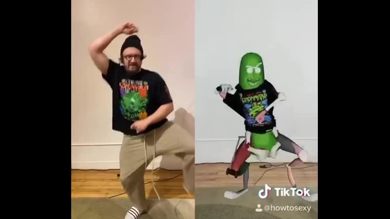 """Pickle Rick"""" got SERVED"""