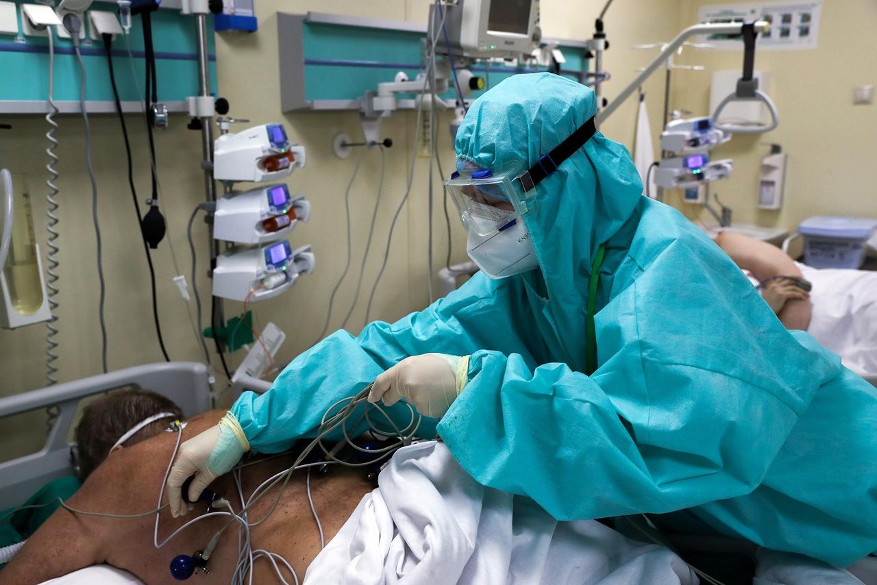 Число заразившихся коронавирусом в КЧР превысило 1300 человек