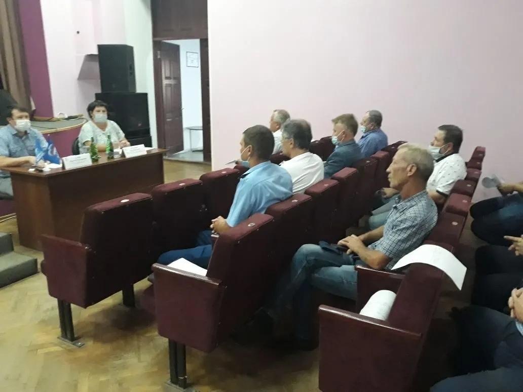 Ситуацию с состоянием детских игровых площадок в Петровске обсудили на рабочем совещании