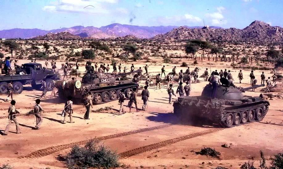 Части НФОЭ, вооружённые советскими танками