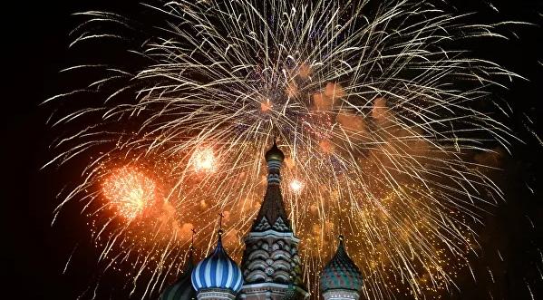 В Москве в День Победы запустят более 12 тысяч фейерверков