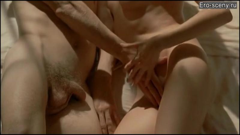 Девушка учит парня заниматься сексом (крутая сцена из фильма, как довести девушку до оргазма)