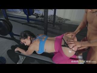 [Brazzers] Brooke Beretta - Workout Her Ass [2019, Anal, Big Tits, Bubble Butt, Leggings, Sports, 1080p]
