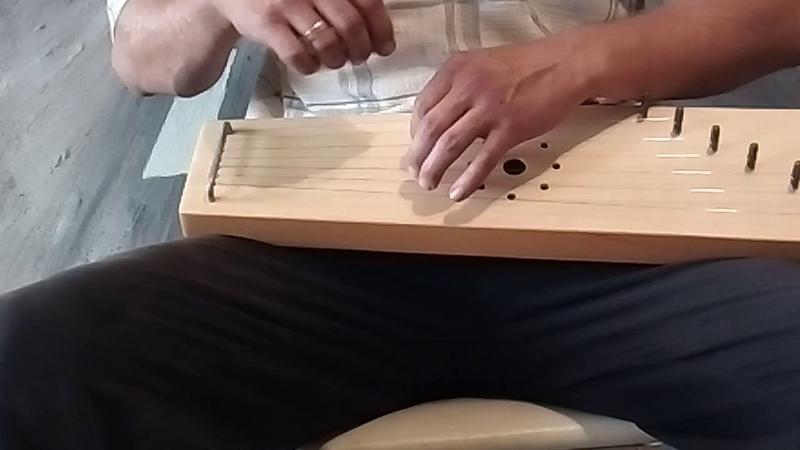 Две птички. Играем на 7ми струнных новгородских гуслях