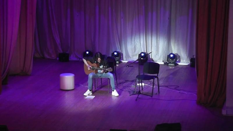 Прикольное исполнение мирового хита на гитаре фингерстайл Виктор Русинов