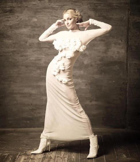 Анастасия Волочкова в новой фотосессии.