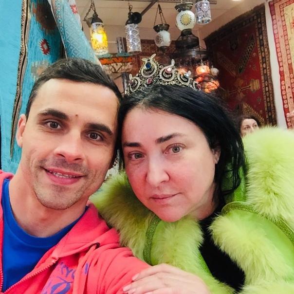 Лолита Милявская закончила свои отношения.