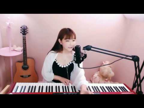 Beautiful and charming woman singing Chinese song