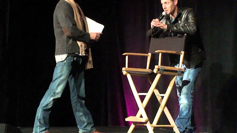 Supernatural San Fran Con 2011 part 2 J2, Jared's slip on to the stage
