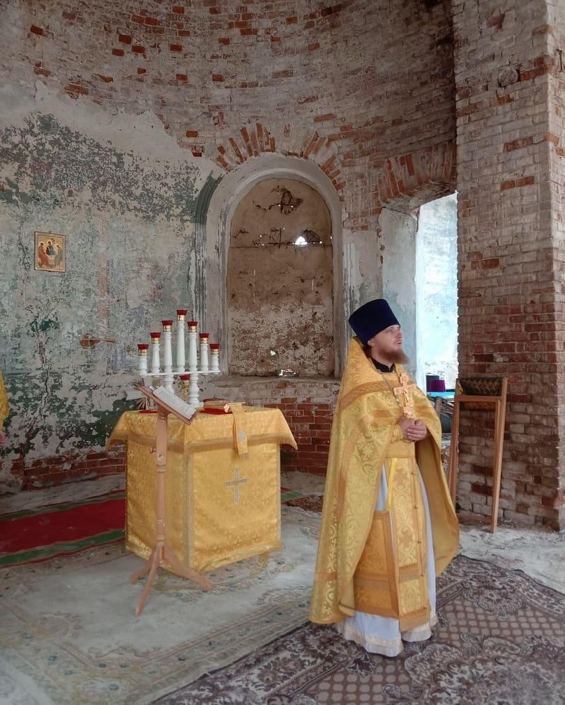 Вчера верующие села Таволожка отметили престольный праздник своего храма