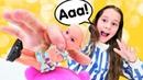 Oyuncak kreşi oyunu! Berra Barbie'nin yerine öğretmenlik yapıyor! Barbie Steffi oyuncak bebek!