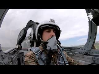 Учебные полеты курсантов выпускного курса военно-авиационного университета