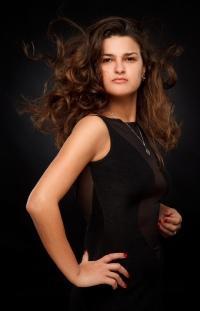 Viktoria  Raydos