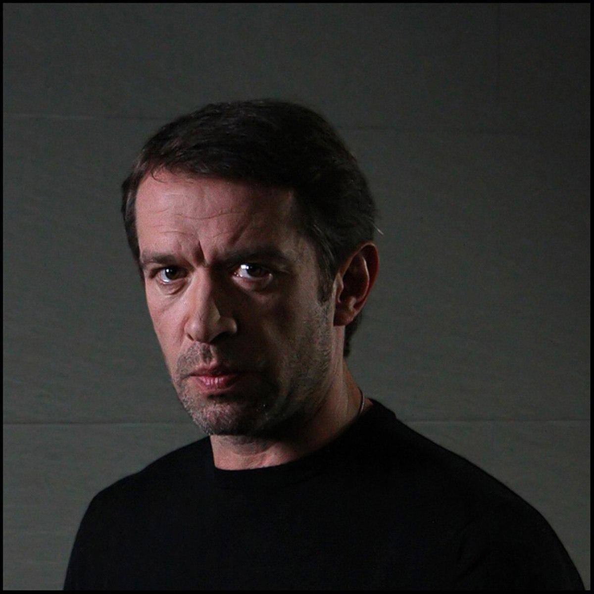 Сегодня свой день рождения отмечает Машков Владимир Львович.
