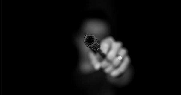 В Перми неизвестный открыл стрельбу в университете...