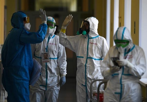 Вакцинолог рассказал о вечном коронавирусе. Подробности п...