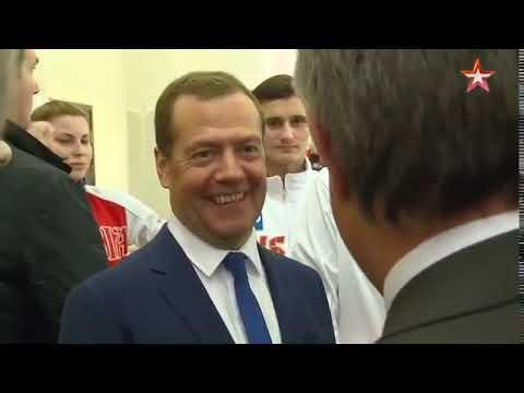 А что с футболом Мутко Медведеву Порвём всех