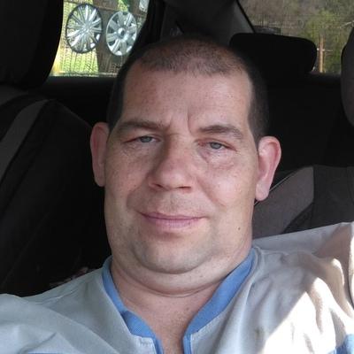 Сергей, 45, Min'yar