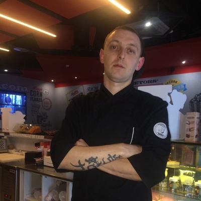 Антон, 31, Pskov
