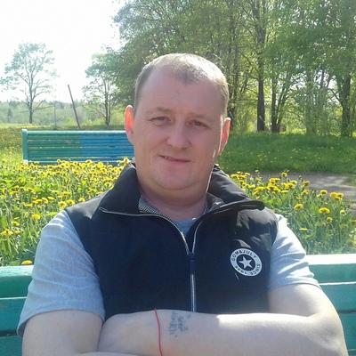 Олег, 44, Pikalyovo