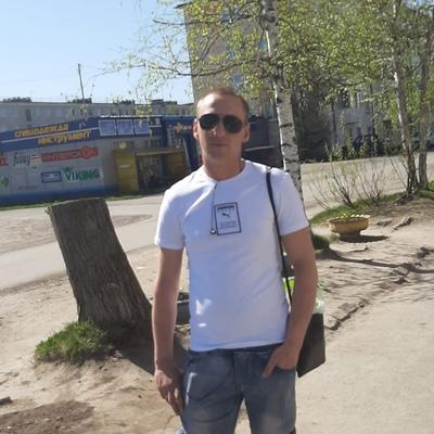 Михаил, 28, Serov