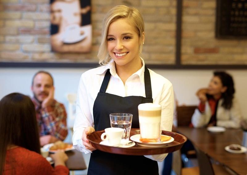 Официанты рассказывают о странных и неудачных свиданиях