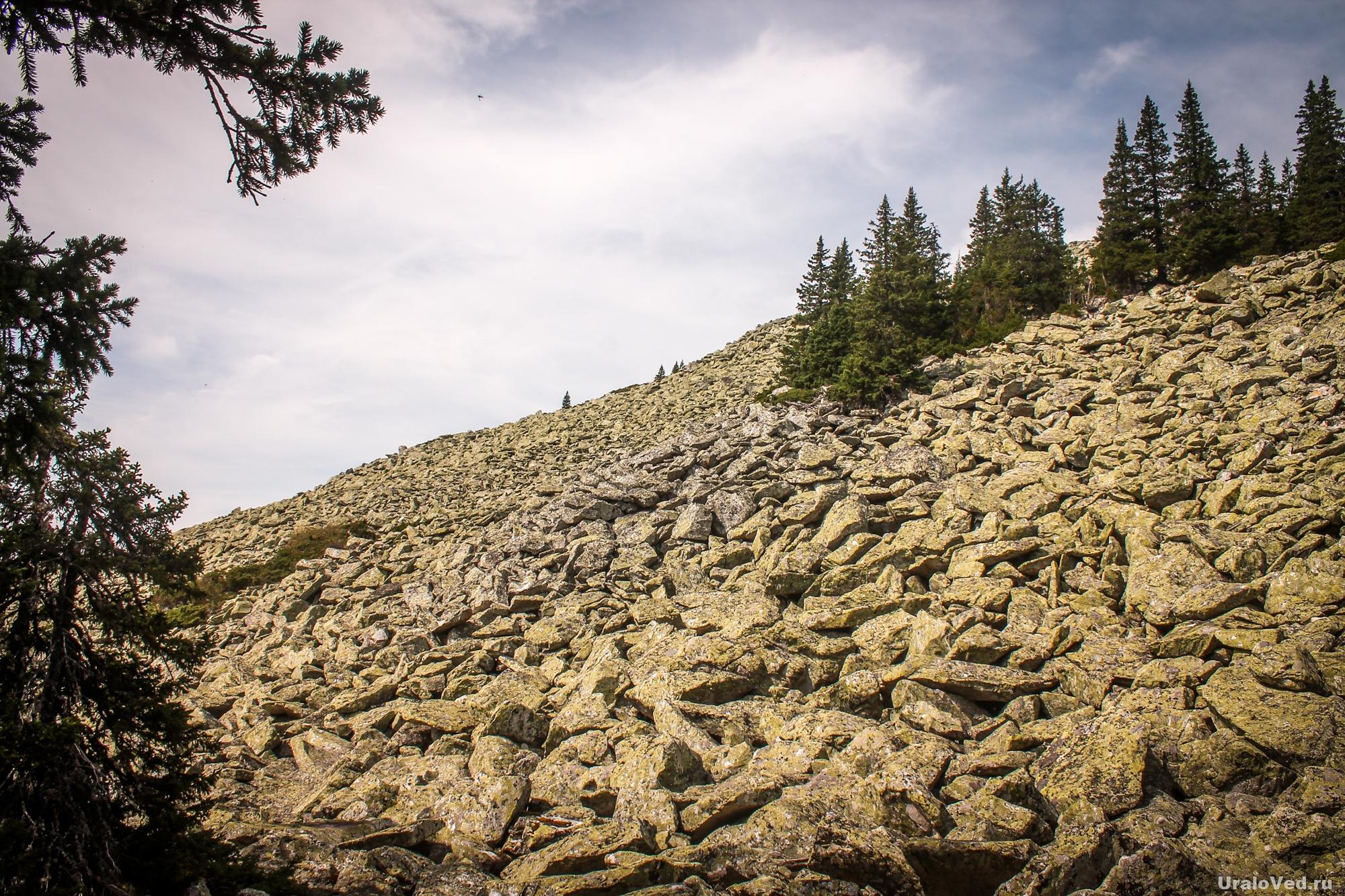Гора Поперечная на Зигальге