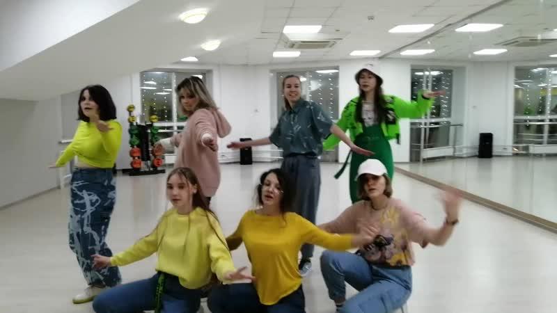 SEVENTEEN - LeftRight k-pop cover dance school Akuna Matata