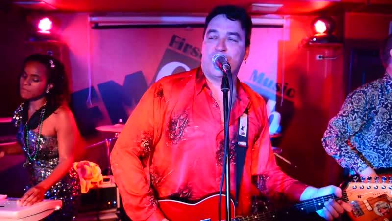 Red Elvises My Love Is Killing Me 2013.07.04