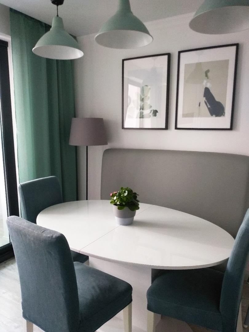 Светлая уютная наша кухня. Какое ваше мнение о ремонте?